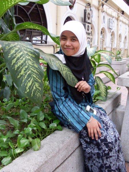 http://www.kapasitor.net/images/iftar2009/7418_125577279004_583434004_2541817_5506904_n.jpg