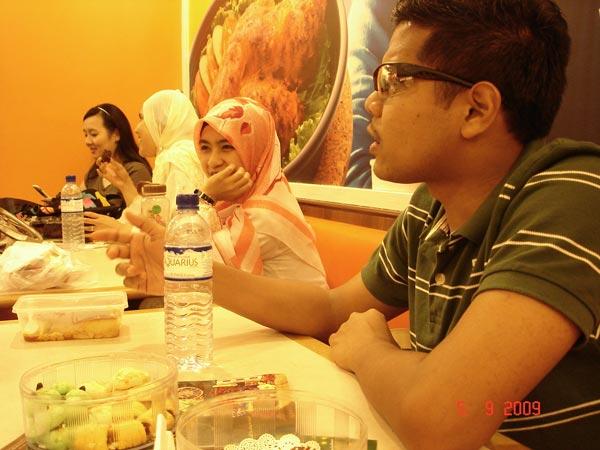 http://www.kapasitor.net/images/iftar2009/DSC02640.JPG