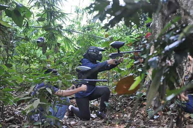http://www.kapasitor.net/images/paintball/2.jpg